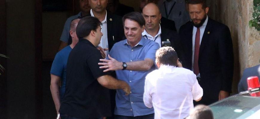 Bolsonaro viaja aos EUA para encontro com Trump