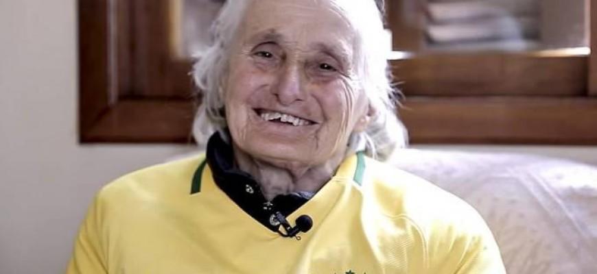 Dona Ivone Bachi, mãe do técnico Tite, morre aos 83 anos