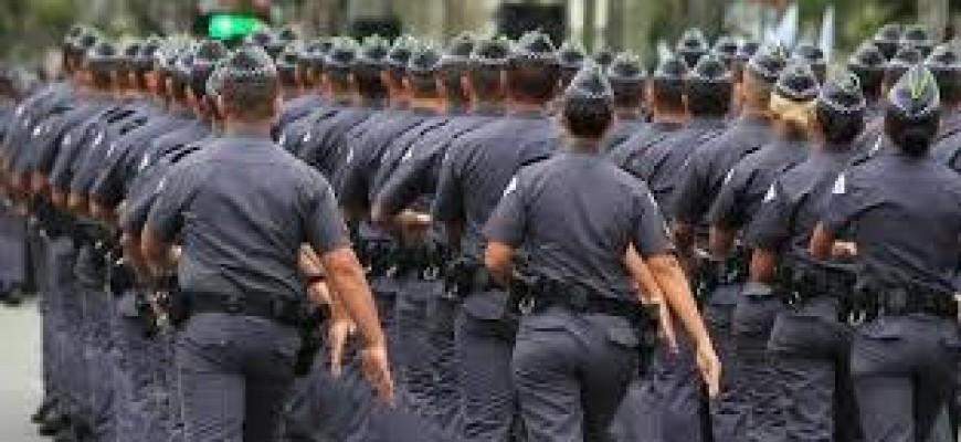 Comando da PM afasta oficiais por suspeita de envolvimento com criminosos de Volta Redonda
