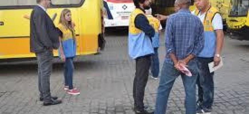RODOVIÁRIOS FAZEM PROTESTO CONTRA CASSAÇÃO DA CONCESSÃO DA SUL FLUMINENSE