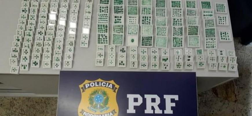 ESMERALDAS AVALIADAS EM MAIS DE R$ 1 MILHÃO SÃO APREENDIDAS COM PASSAGEIRO DE ÔNIBUS EM PIRAÍ