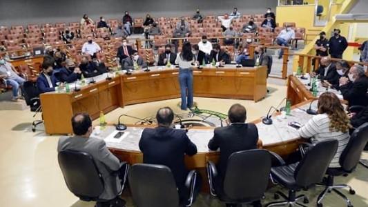CÂMARA MUNICIPAL DE VOLTA REDONDA DECIDE PELA CASSAÇÃO DO MANDATO DO VEREADOR PAULINHO DO RAIO-X