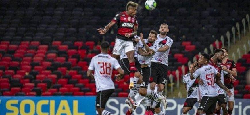 Com problemas na escalação, Flamengo enfrenta o RB Bragantino mirando o topo da tabela