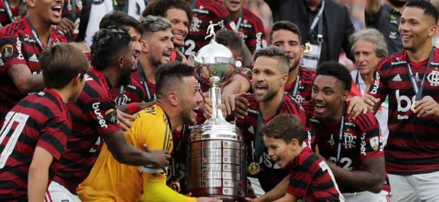 Desempenho em casa é sinal de alerta para o Flamengo na reta final do Brasileirão