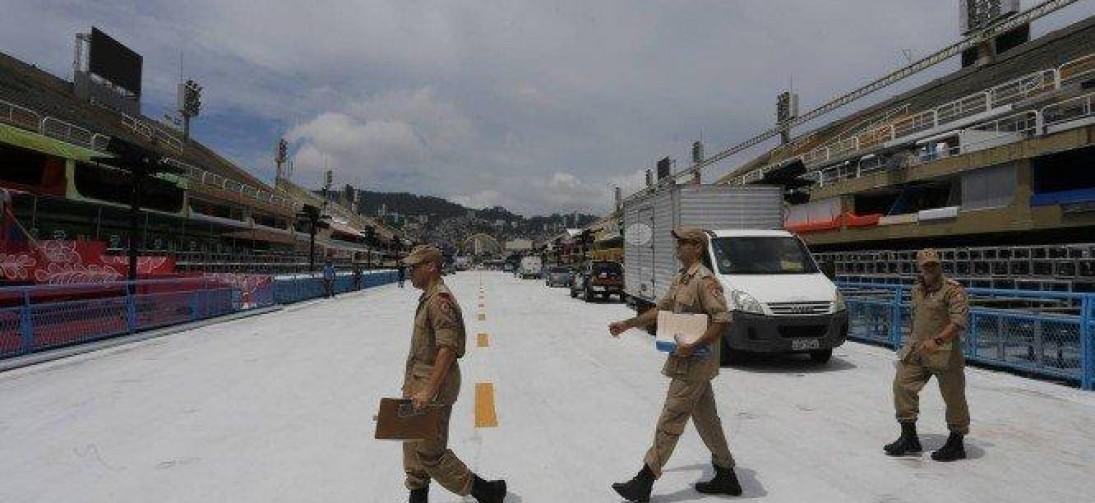 Corpo de Bombeiros faz vistoria e diz que não se opõe à realização de desfiles na Sapucaí