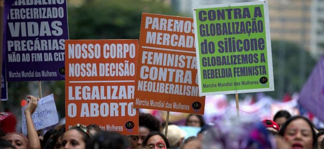 Manifesto Internacional Feminista: brasileiras promovem greve em 32 cidades