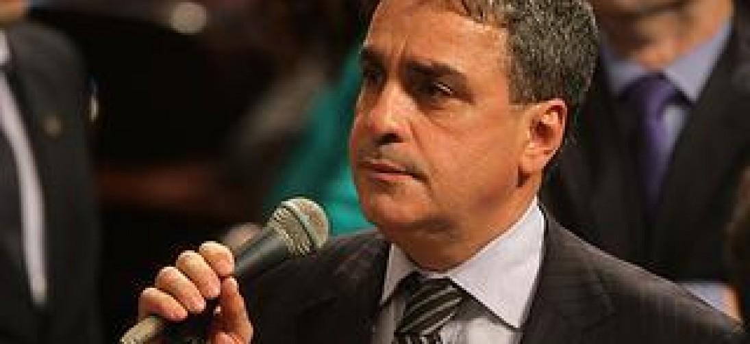 Presidente da Alerj diz que posse de deputados presos foi simbólica