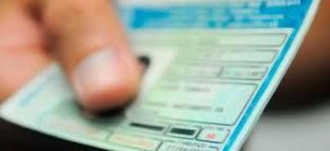 Projeto vai prever mais pontos para motorista perder carteira de habilitação, diz ministro