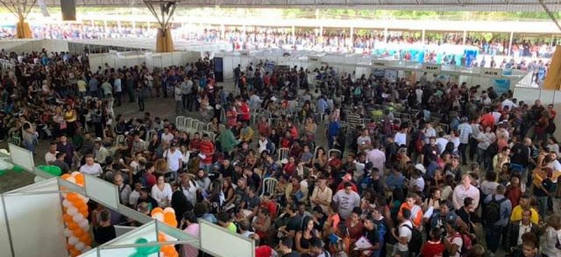 MUTIRÃO DO EMPREGO EM VOLTA REDONDA  FAZ MAIS DE 25 MIL ATENDIMENTOS NO DIA DO TRABALHADOR