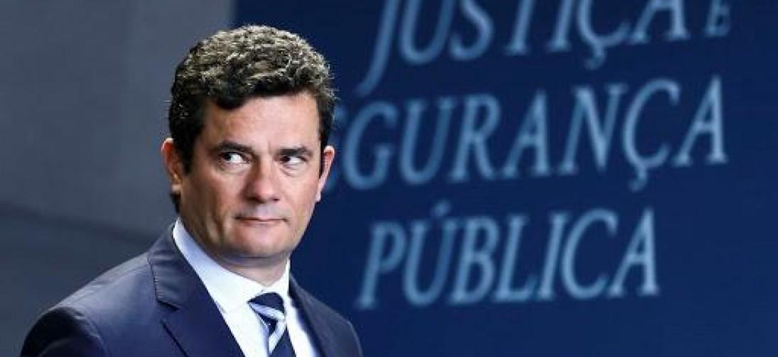 MORO CONDENA GREVE, MAS DIZ QUE 'POLICIAL NÃO PODE SER TRATADO COMO CRIMINOSO'